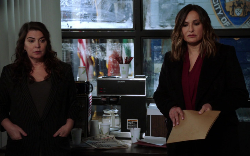 Bunn Coffee Maker in Law & Order SVU S22E07 Hunt, Trap, Rape, and Release (2021)