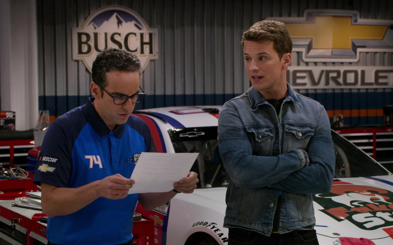 Busch Beer, Chevrolet, Goodyear in The Crew S01E08