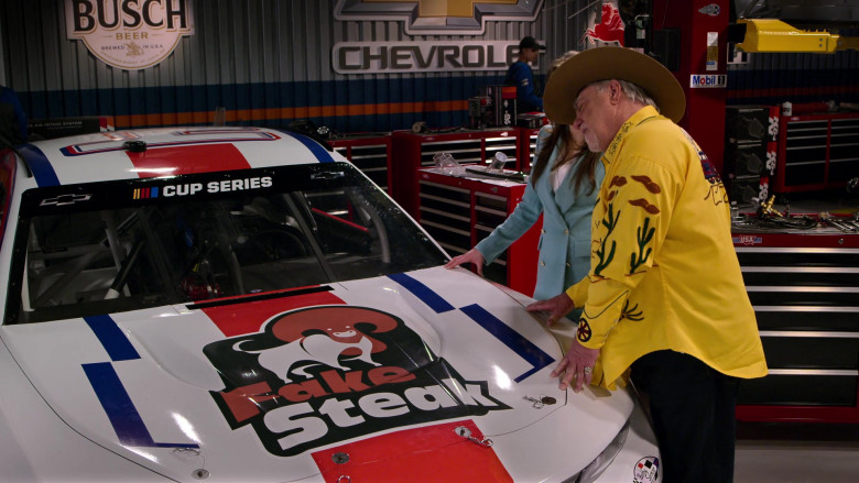 Busch Beer, Chevrolet and Mobil 1 in The Crew S01E05 Your Face Is A Baby (2021)