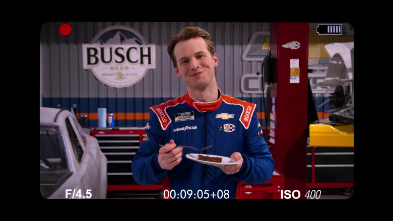Busch Beer, Sparco, Goodyear, Chevrolet in The Crew S01E03