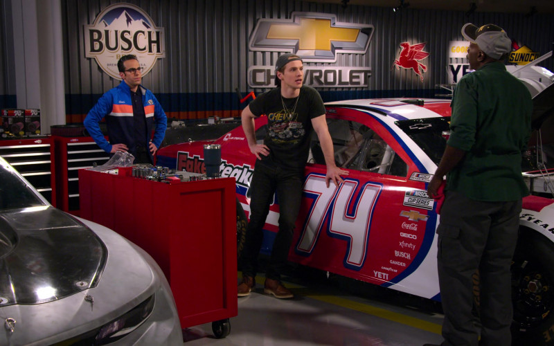 Busch, Chevrolet, Mobil 1, Sunoco and Car Stickers – Coca-Cola, Geico, Xfinity, Gander, Goodyear, Yeti in The Crew S01E07