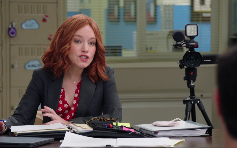Canon Camcorder in Superstore S06E10 Depositions (2021)