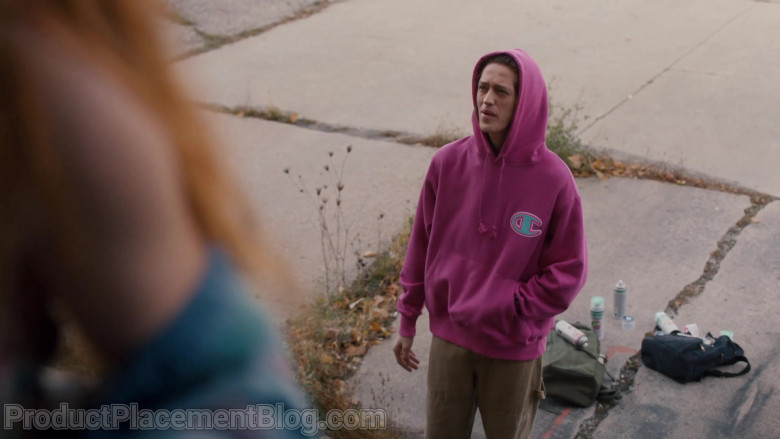 Champion Pink Hoodie in Pretty Hard Cases S01E03 (1)