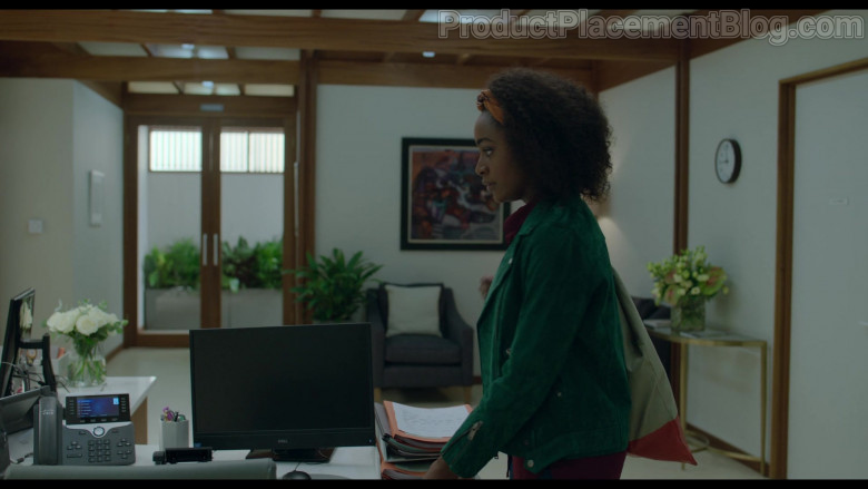 Cisco Phone and Dell Monitor Used by Simona Brown as Louise in Behind Her Eyes S01E02 (1)