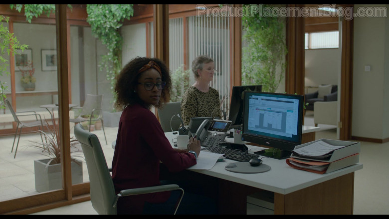 Cisco Phone and Dell Monitor Used by Simona Brown as Louise in Behind Her Eyes S01E02 (2)