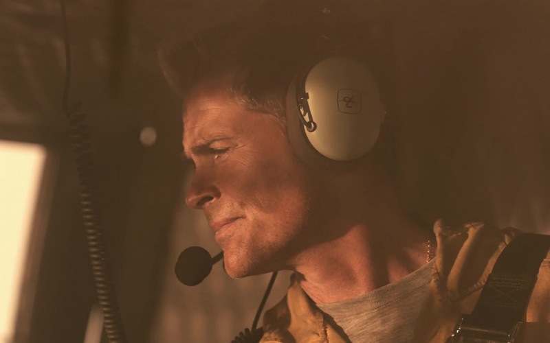 David Clark Headset of Rob Lowe as Owen Strand in 9-1-1 Lone Star S02E03 Hold the Line (2021)