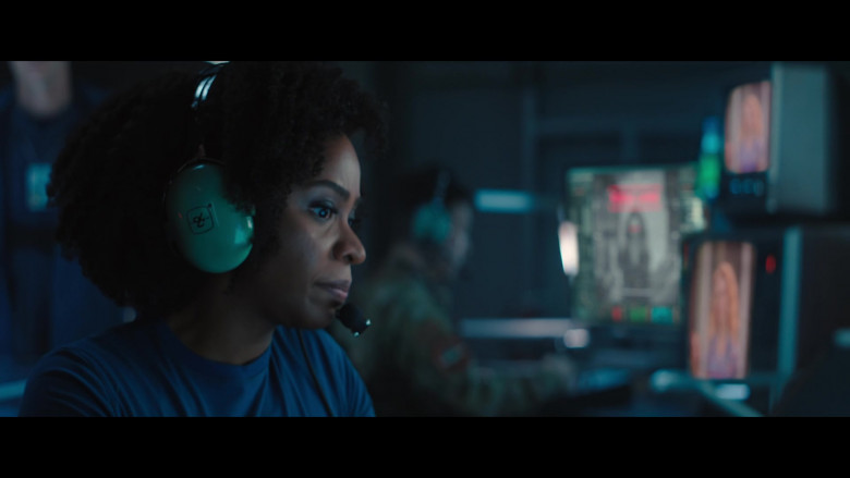David Clark Headset of Teyonah Parris as Monica Rambeau in WandaVision S01E05 On a Very Special Episode… (2021)