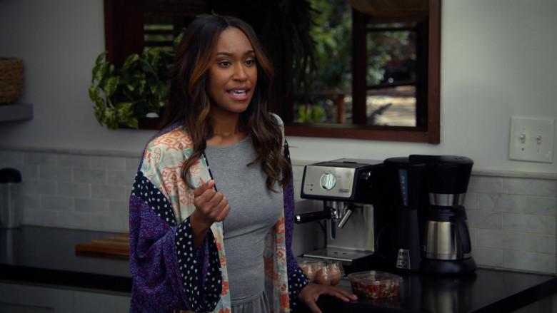 De'Longhi Coffee Machine in All Rise S02E09 Safe to Fall (2021)