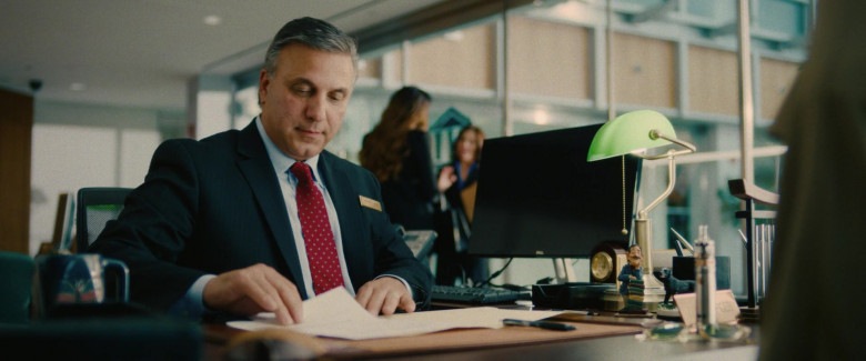 Dell Computer Monitor Used by Actor in I Care a Lot (2020)