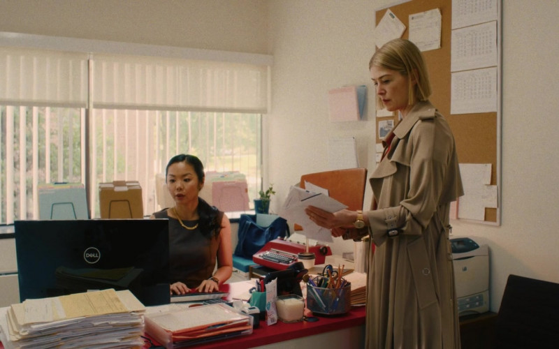 Dell Computer Monitor Used by Liz Eng as Adelaide in I Care a Lot (2020)