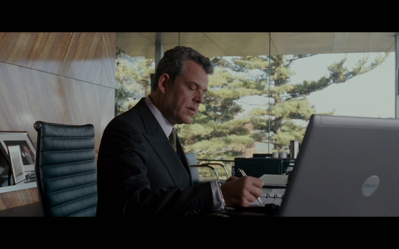 Dell Laptop in Edge of Darkness (2010)