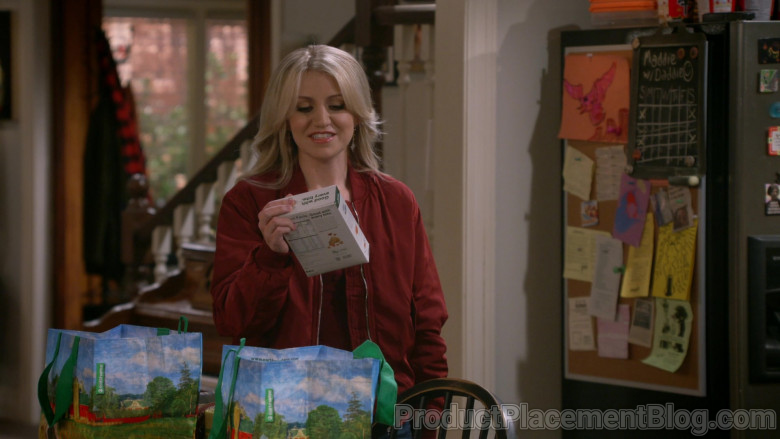 Earthwise Reusable Bags in B Positive S01E07 (2)