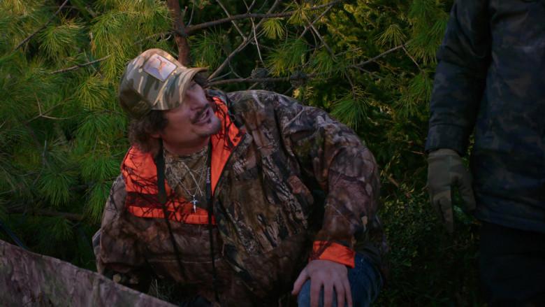 Field & Stream Jacket of Kim Coates as Rob in The Crew S01E02