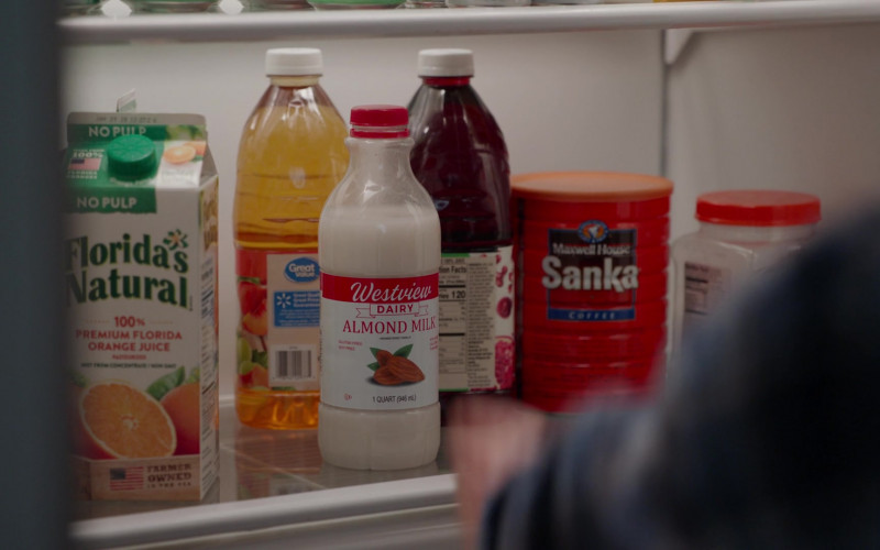 Florida's Natural Orange Juice, Great Value Drink and SANKA Maxwell House Instant Coffee in WandaVision S01E07