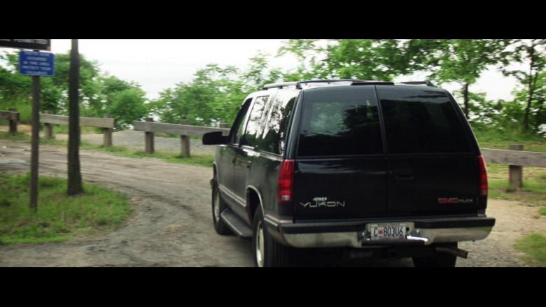 GMC Yukon SUV in Absolute Power (2)