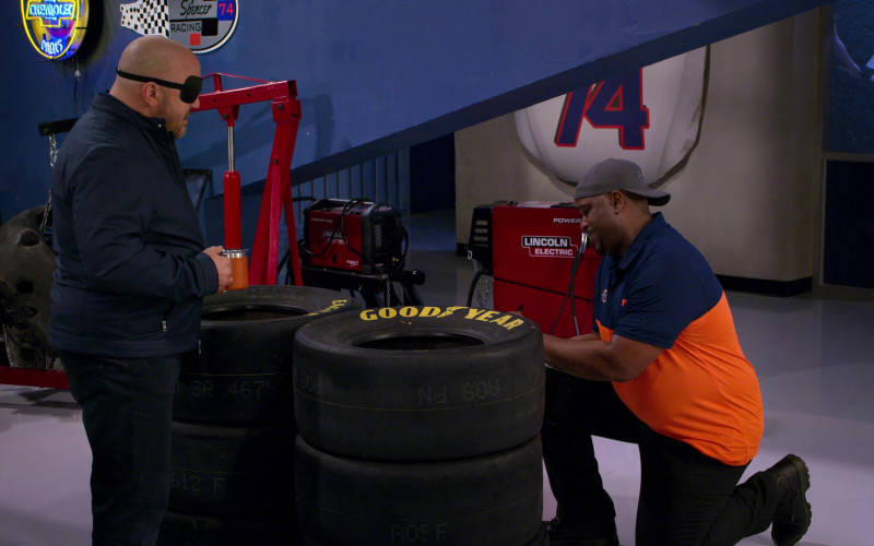 GoodYear Racing Tires and Lincoln Electric Power Mig in The Crew S01E04