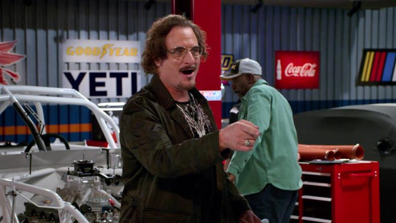 Goodyear, Yeti and Coca-Cola in The Crew S01E02