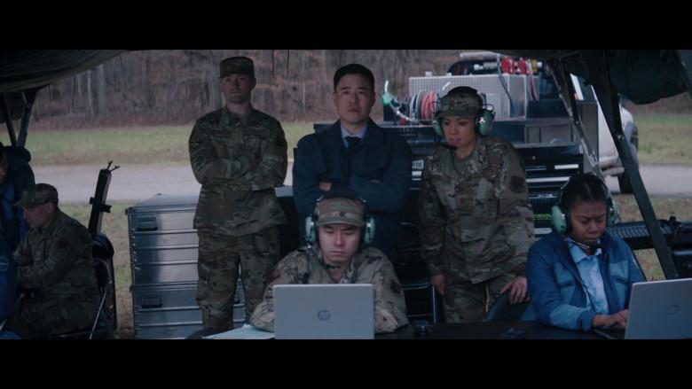 HP Laptops in WandaVision S01E07 (2)