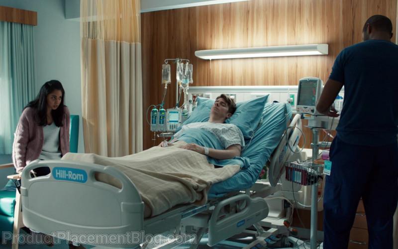 Hill-Rom Bed in Nurses S01E09 Mirror Box (2020)