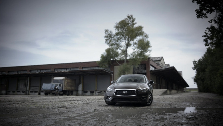 Infiniti Q50 Car of Amy Brenneman as Mary Barlow in Tell Me Your Secrets S01E05 (2)