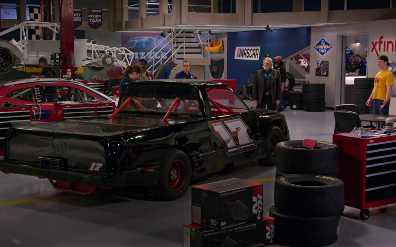 K&N Filters, Goodyear Tires and Xfinity in The Crew S01E09