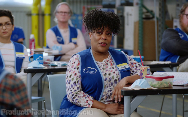 LaCroix Drink Enjoyed by Actress Carla Renata as Janet in Superstore S06E09 Conspiracy (2021)