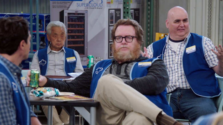 LaCroix Drink Enjoyed by Steve Agee as Isaac in Superstore S06E08 Ground Rules (2021)