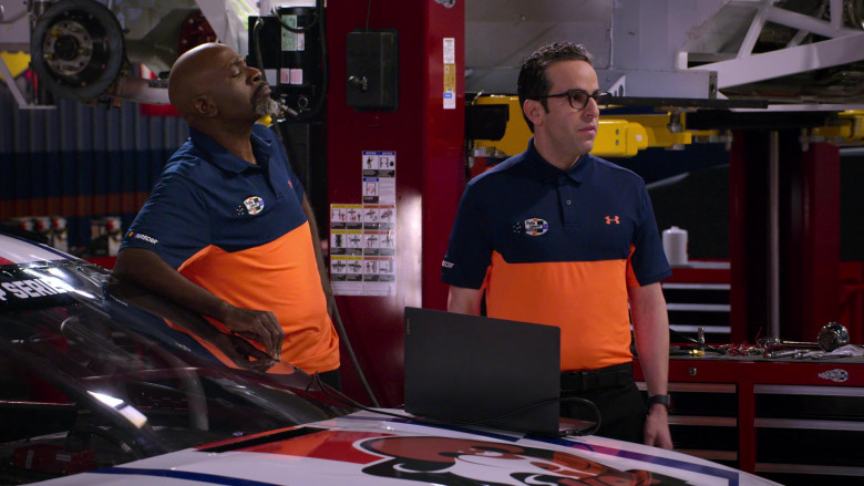 Lenovo Laptop of Dan Ahdoot as Amir in The Crew S01E04 (2)