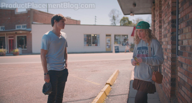 Levi's Women's Hoodie Outfit of Kathryn Newton as Margaret in The Map of Tiny Perfect Things (4)