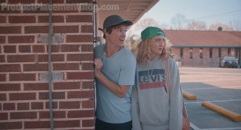 Levi's Women's Hoodie Outfit of Kathryn Newton as Margaret in The Map of Tiny Perfect Things (7)
