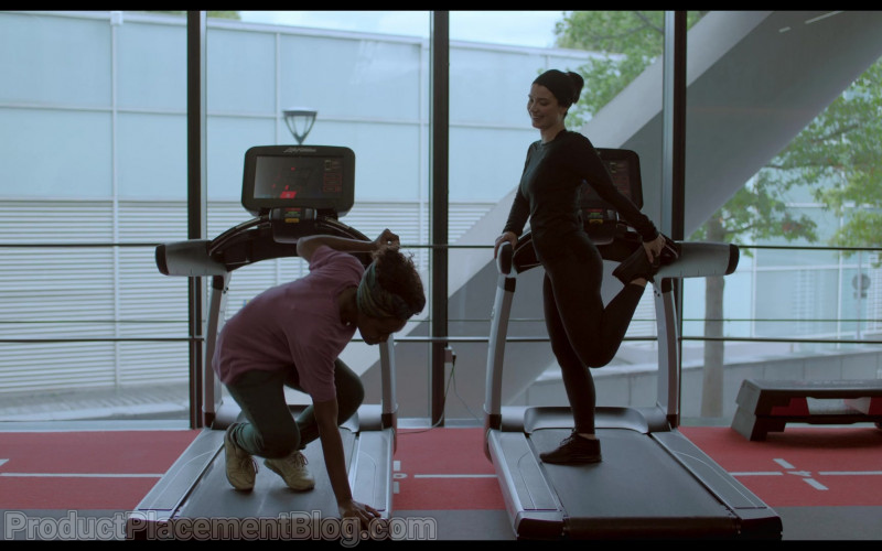 Life Fitness Treadmills in Behind Her Eyes S01E02 Lucid Dreaming (2021)