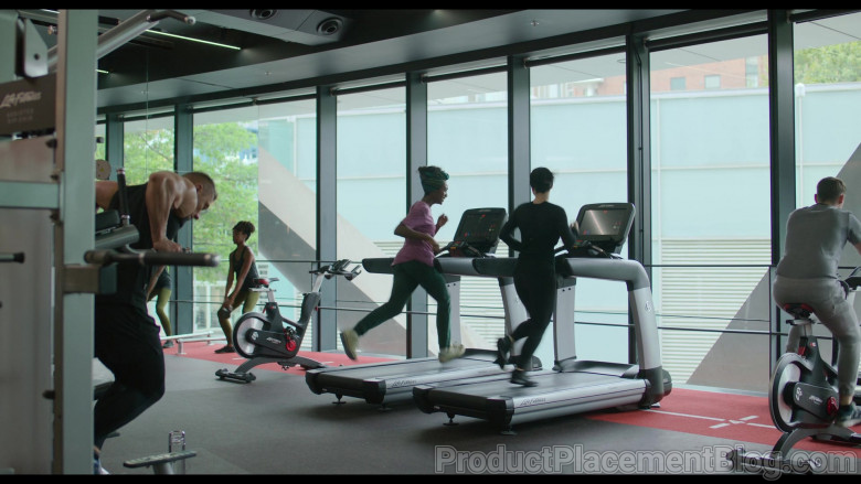 Life Fitness in Behind Her Eyes S01E03 The First Door (2021)