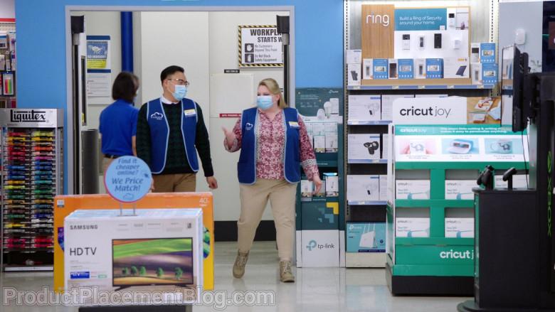 Liquitex, Samsung HD TV, TP-Link, Ring, Cricut Joy in Superstore S06E09 Conspiracy (2021)