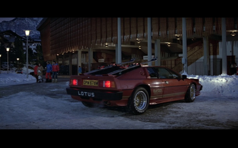 Lotus Esprit Turbo (Red) Car in For Your Eyes Only