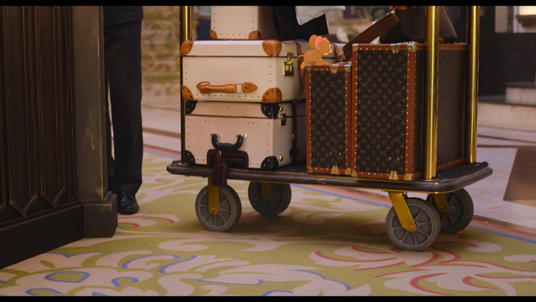 Louis Vuitton Luggage in Tom and Jerry (1)