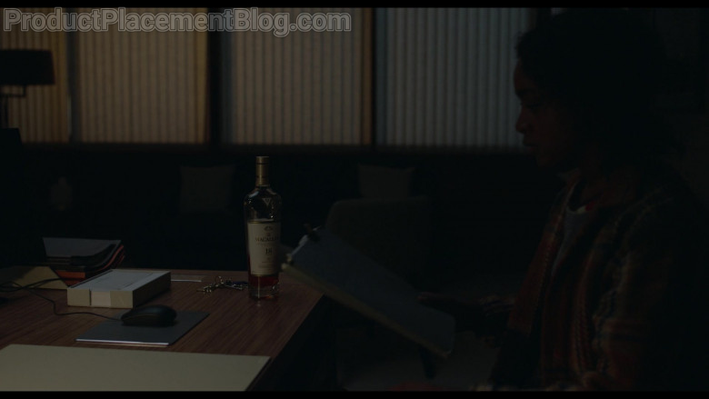 Macallan 18 Year Old Whisky in Behind Her Eyes S01E05 (2)