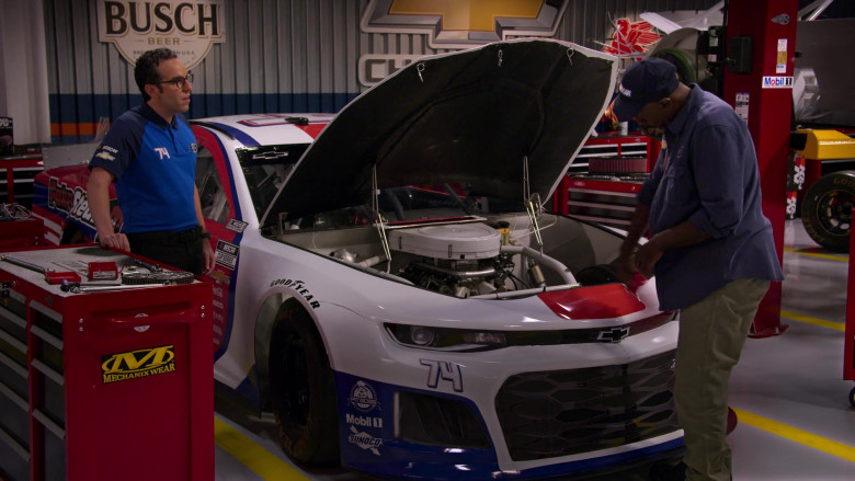 Mechanix Wear, Busch Sign, Goodyear, Pit Boss, Mobil 1, Sunoco and Chevrolet Car in The Crew S01E08
