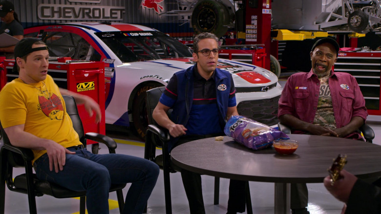 Mechanix Wear Sticker, Chevrolet Car and Tostitos Chips in The Crew S01E09