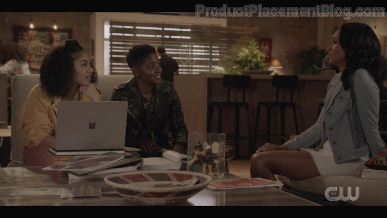 Microsoft Surface Laptop of Chelsea Tavares as Patience in All American S03E04 (2)