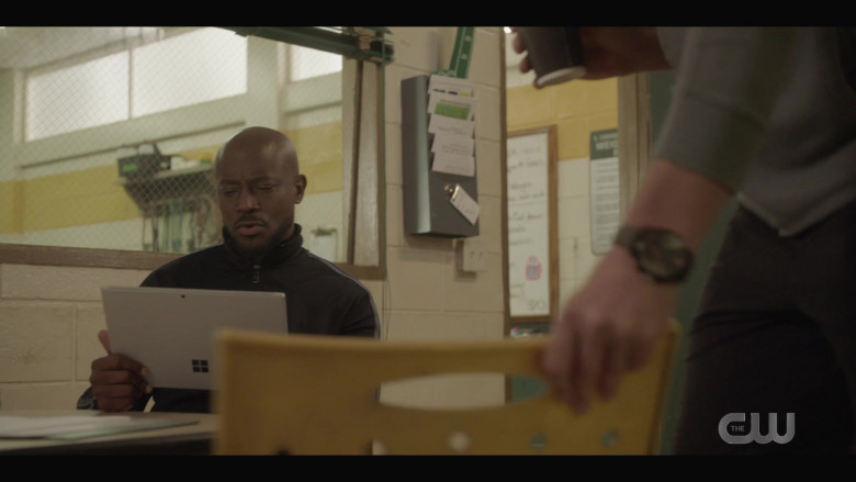 Microsoft Surface Tablet of Taye Diggs as Billy Baker in All American S03E03 High Expectations (2021)