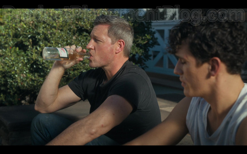 Miller High Life Beer Enjoyed by Edward Burns as Artie Farrell in Bridge and Tunnel S01E03 (2)