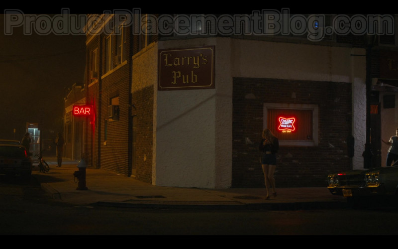 Miller High Life Beer Neon Sign in Bridge and Tunnel S01E03 A Perfect Couple (2021)