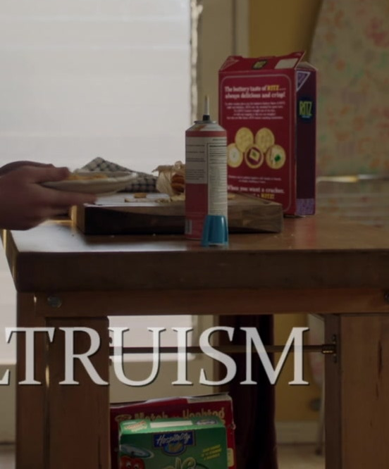 Nabisco Ritz Crackers and Hospitality Cereal in Young Sheldon S04E08