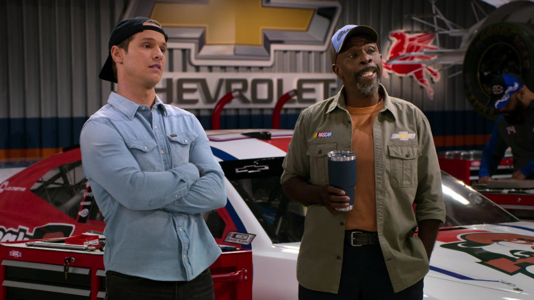 Nascar Chevy Patch on the Long Sleeved Shirt Worn by Gary Anthony Williams as Chuck in The Crew S01E10
