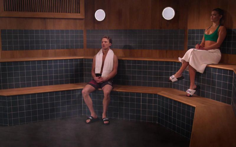 Nascar Slide Sandals of Freddie Stroma as Jake & Paris Berelc as Jessie De La Cruz in The Crew S01E05 (1)
