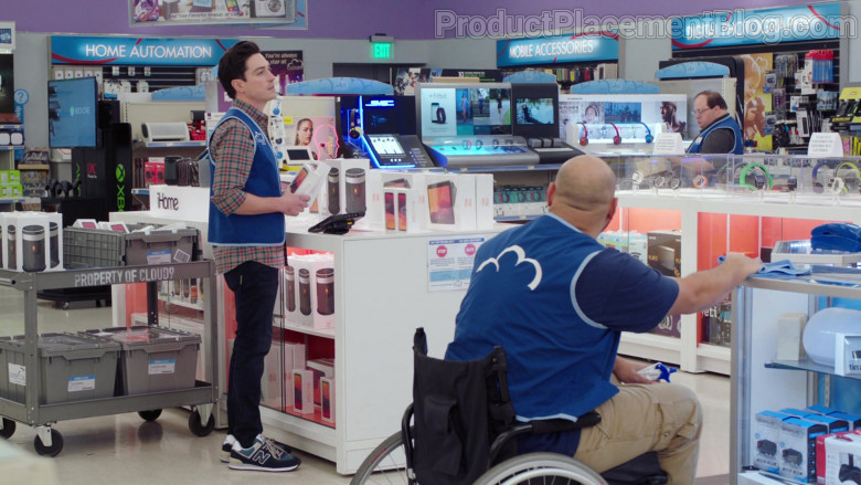 New Balance Men's Sneakers of Ben Feldman as Jonah Simms in Superstore S06E09 (3)
