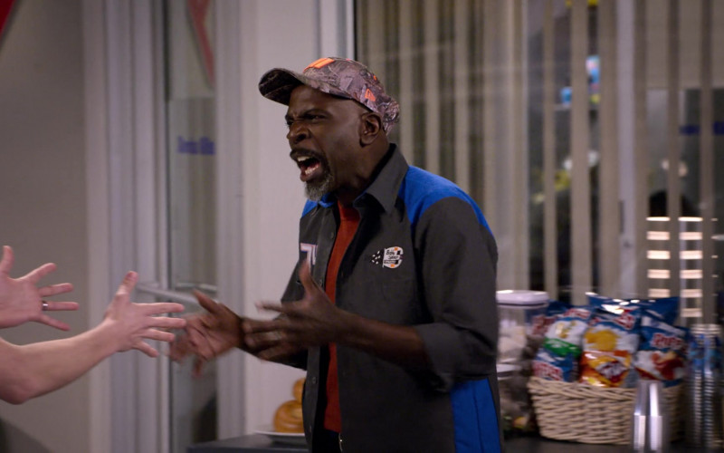 New Era Cap of Gary Anthony Williams as Chuck in The Crew S01E05 Your Face Is A Baby (2021)