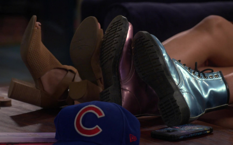 New Era Chicago Cubs MLB Cap in Punky Brewster S01E01 Pilot (2021)