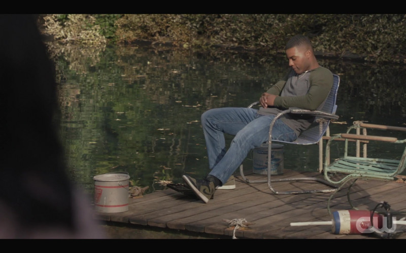 Nike Air Jordan 1 Sneakers Worn by Daniel Ezra as Spencer James in All American S03E06 (2)