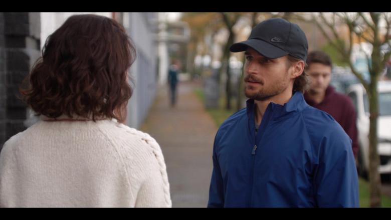 Nike Black Cap of Jon Ecker as Max Brody in Firefly Lane S01E05 Sweet Child O' Mine (2021)